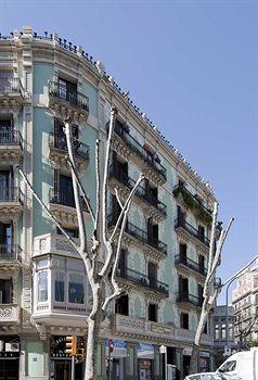 hostal central barcelona hotel. Black Bedroom Furniture Sets. Home Design Ideas
